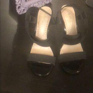 "Charles David black stretch elastic 4"" heel, 8"